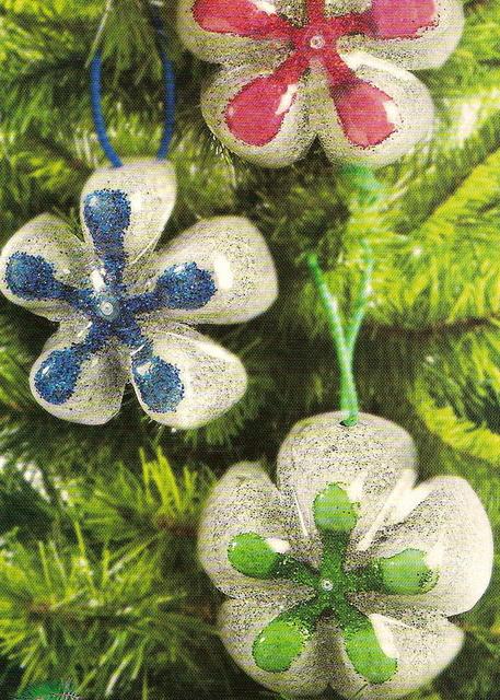 Como fazer uma rvore de natal educao de infancia for Bolas de navidad recicladas